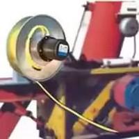Enrolador de cabos por mola